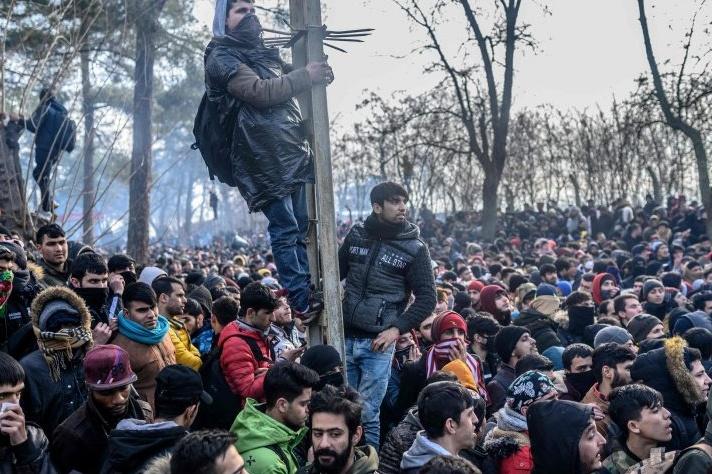migranti tra Grecia e Turchia