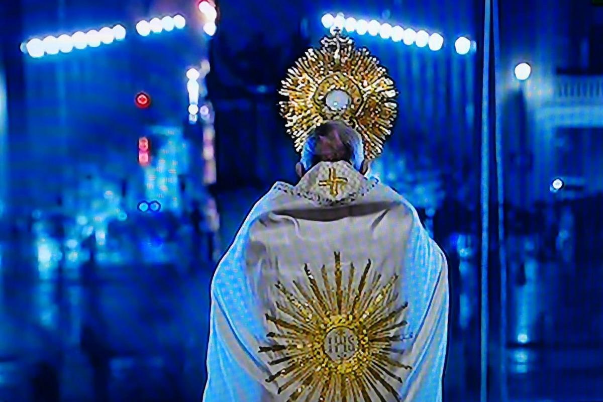 papa preghiera per umanita coronavirus WAAABU