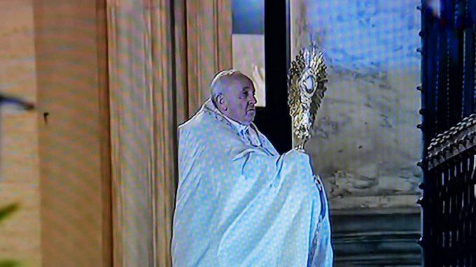 papa preghiera per umanita coronavirus WAAABV