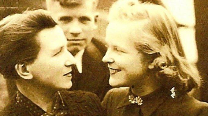 Thelma Hauss con i due figli
