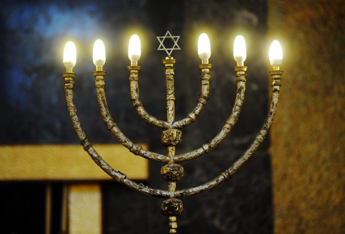 candelabro sinagoga di Milano