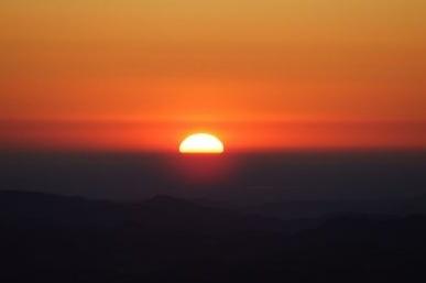 il sole che sorge