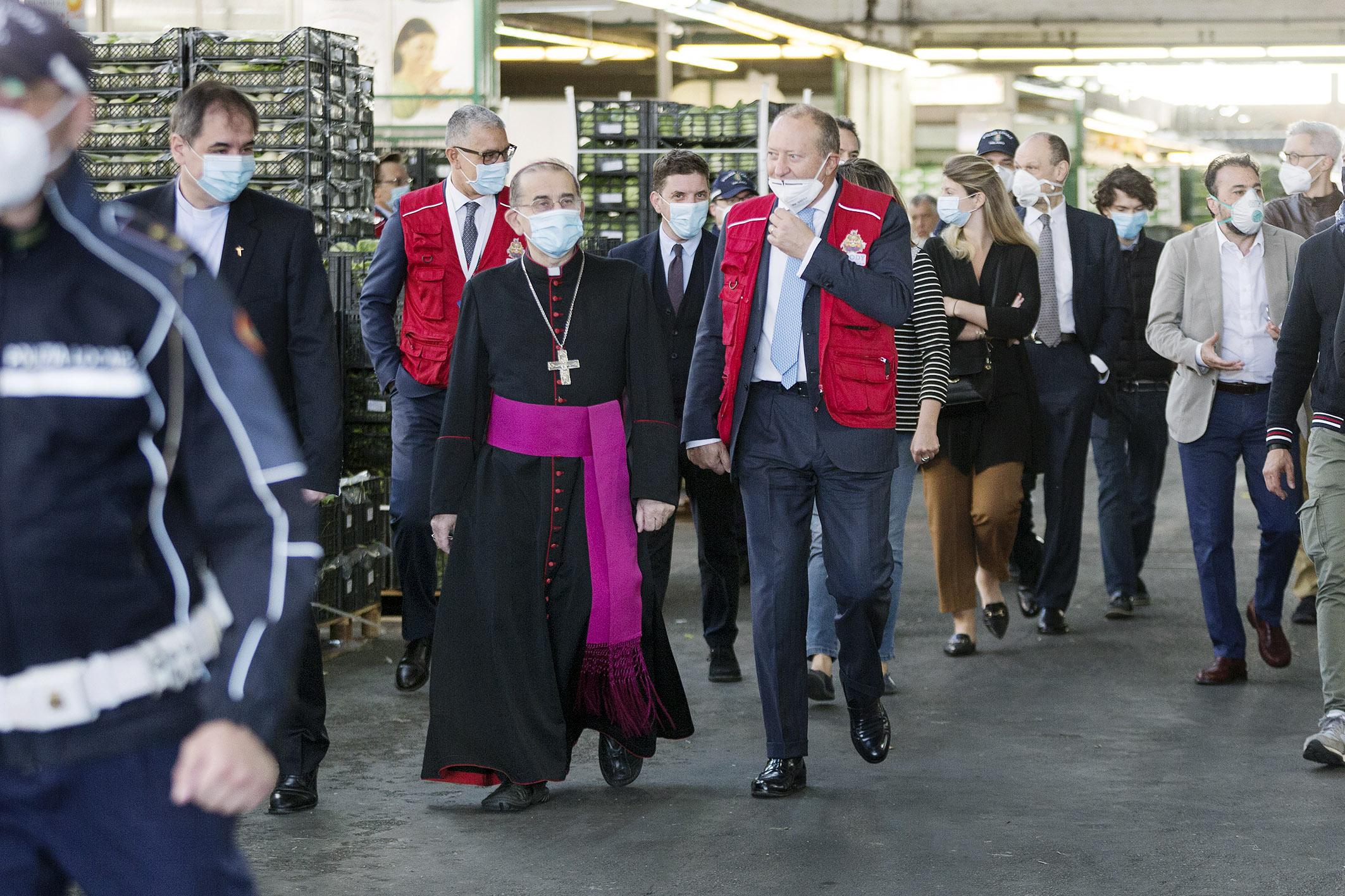 La visita dell'Arcivescovo al Mercato agroalimentare di Milano (27 maggio 2020)