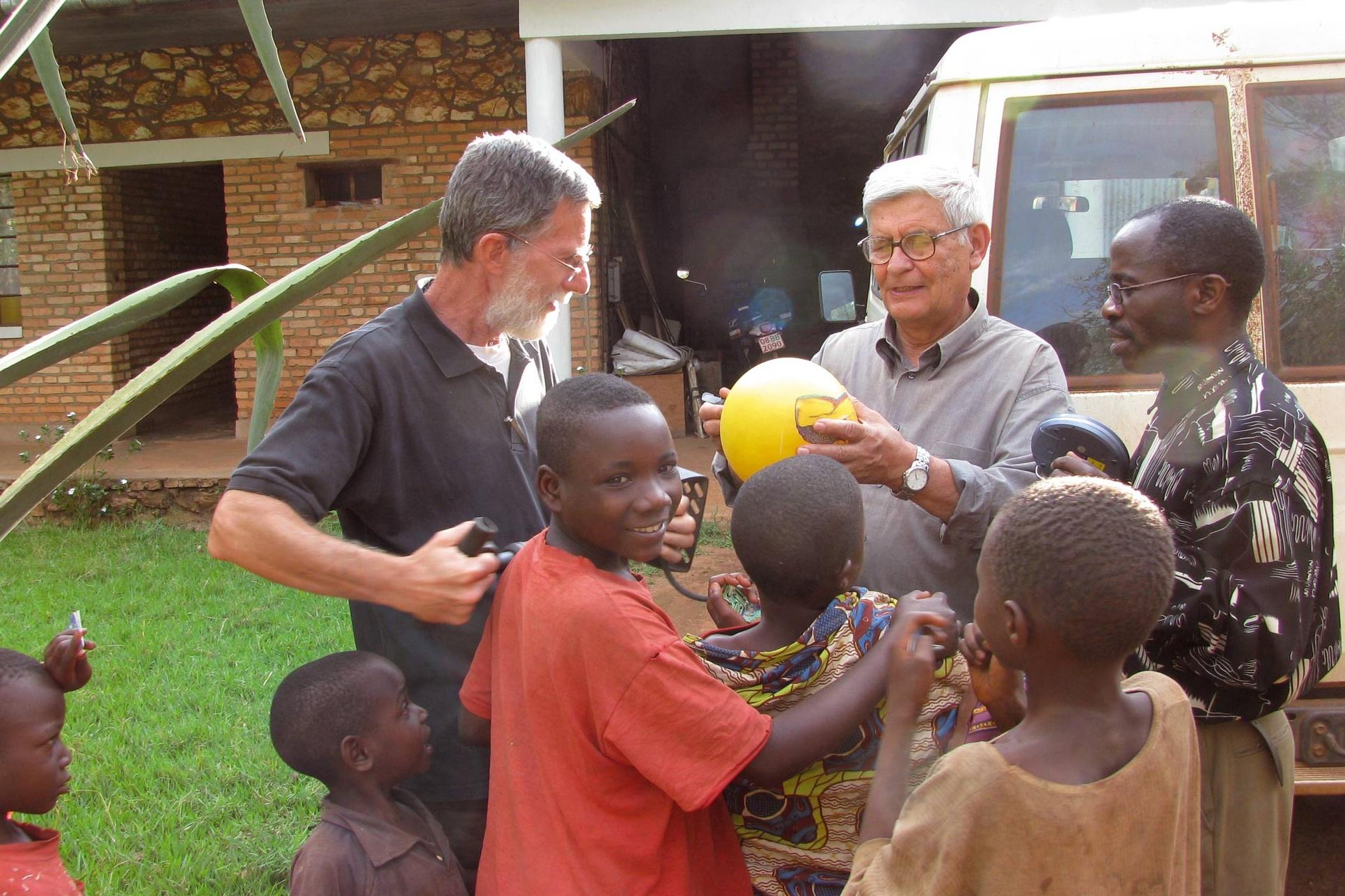 burundi-equipe-pastorale Cropped