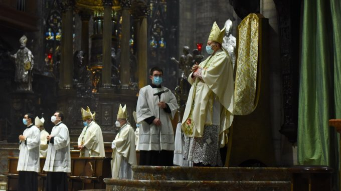san carlo pontificale merisi_ADKF
