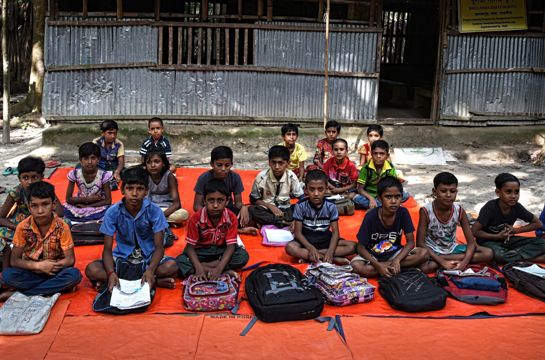 dona-ora-bangladesh-classe-scaled-e1606916069779