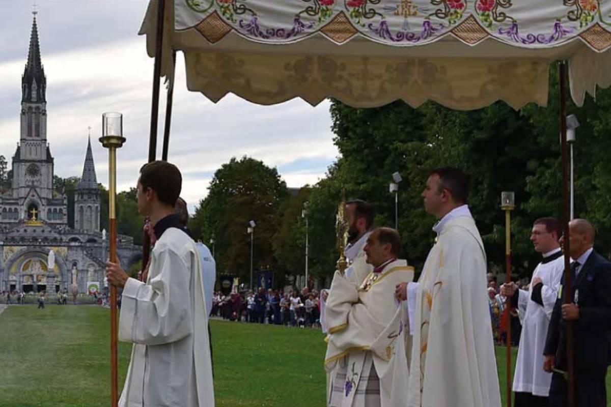 Locandina Lourdes 2021