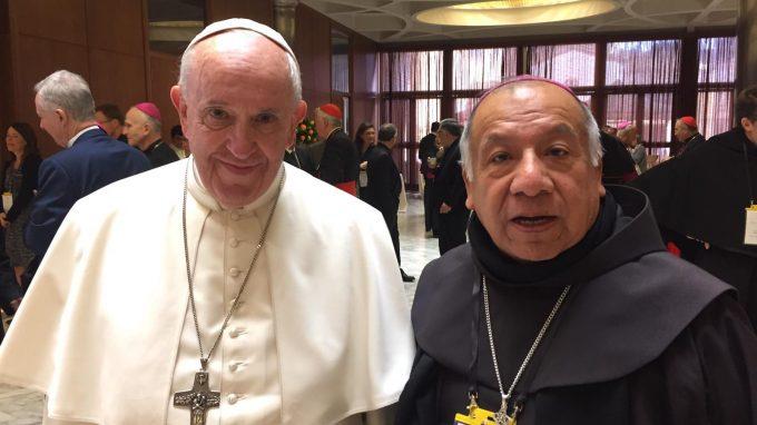 mons. Ruben col Papa a Roma feb. 2019