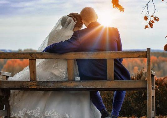 sposi-matrimonio-810x385