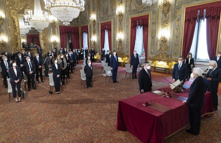 Il giuramento di Draghi al Quirinale (Foto di Paolo Giandotti - Ufficio per la Stampa e la Comunicazione della Presidenza della Repubblica)