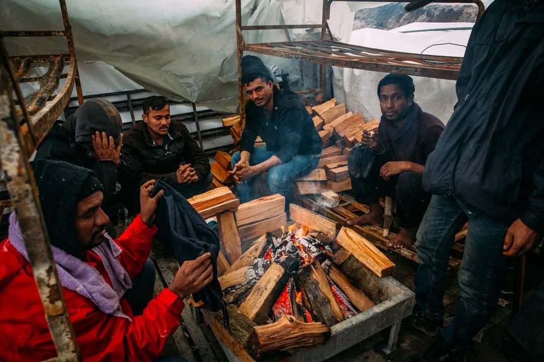 Lipa - Consegna legname (credit Caritas)