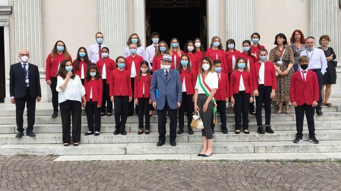 Il coro Licabella con Raffaele Colombo e Simona Piazza