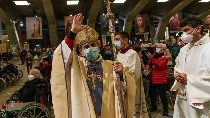 Lourdes. la Messa internazionale in San Pio X