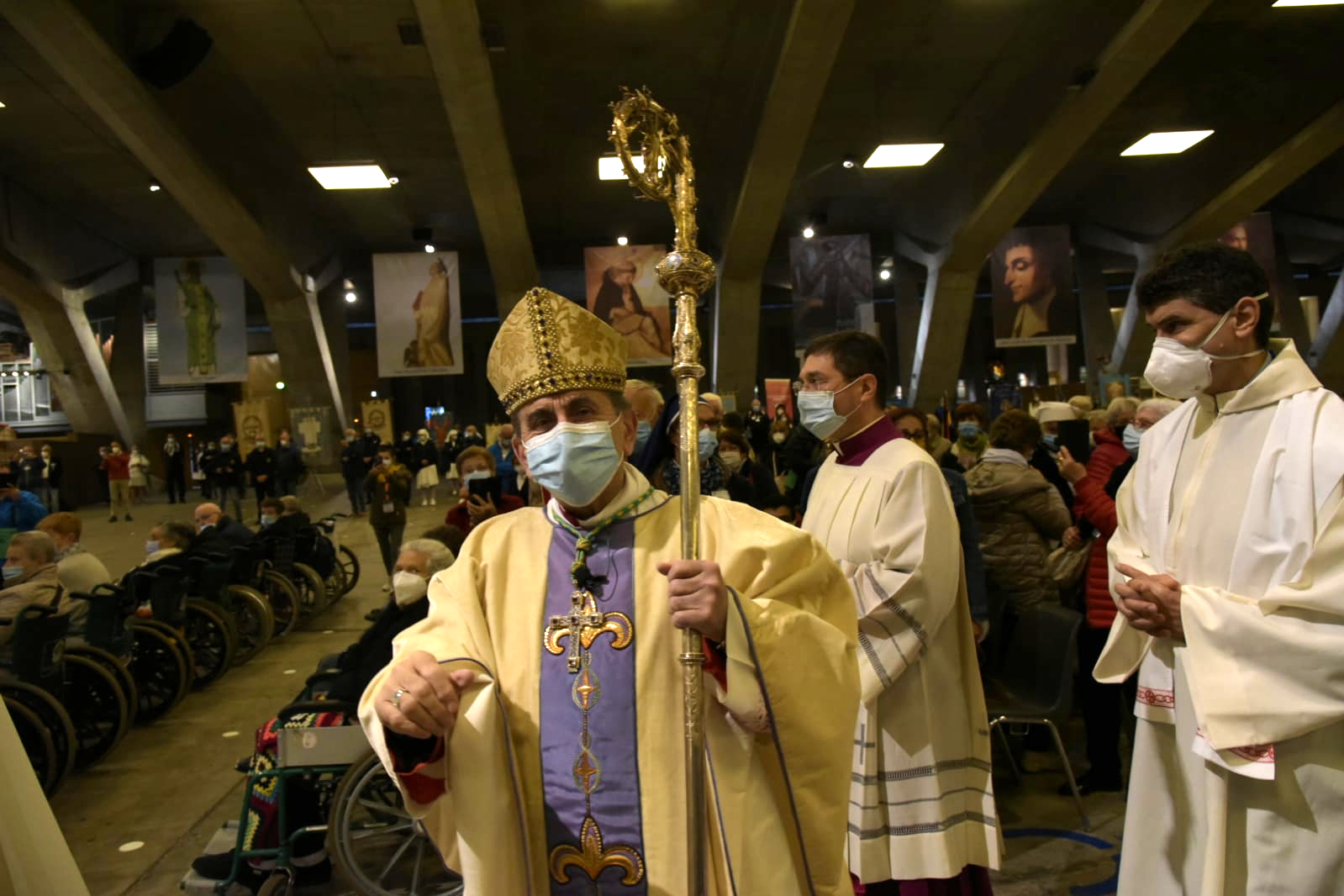 Lourdes. la Messa internazionale in San Pio X (4)