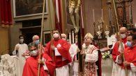 basilica benedizione col crocifisso (1)